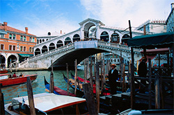 Hotels an der Rialto Brücke